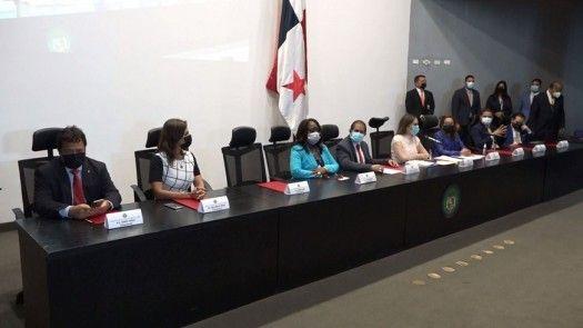 Comisión legislativa insatisfecha con investigaciones de albergues