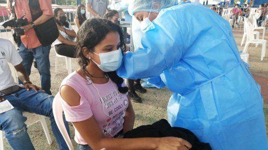 Barridos de vacunación covid-19 arrancan su tercera semana
