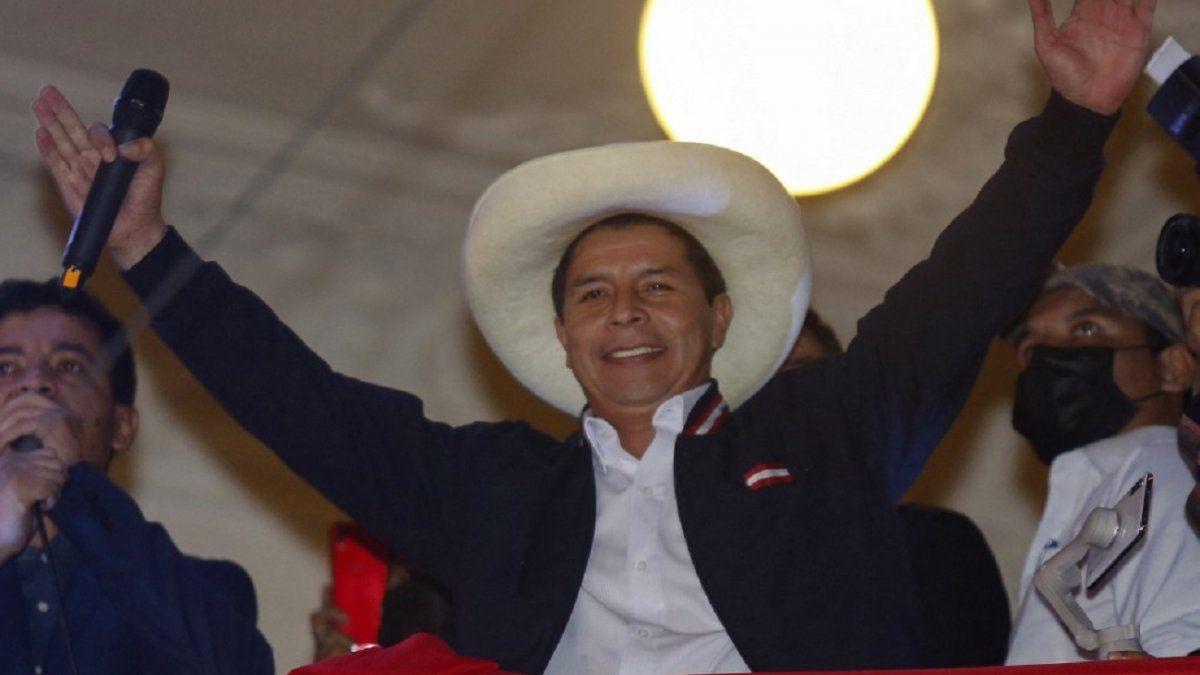 A la juramentación de Pedro Castillo en Perú asistirán el rey Felipe VI de España, cinco presidentes (Argentina, Bolivia, Colombia, Chile y Ecuador) y dos vicepresidentes (Brasil y Uruguay). AFP